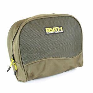 Faith Angelrollen Schutztasche Polstertasche Medium/Large Karpfen Rollentasche