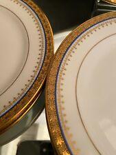 Service à dessert plat 12 assiettes en porcelaine de Limoges frise or filet bleu