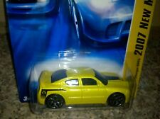 HOT WHEELS 2007 DODGE CHARGER SRT8 1:64 YELLOW New