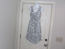 Old Navy Women's Sleeveless Maternity Dress Black & White Size S 100% Rayon