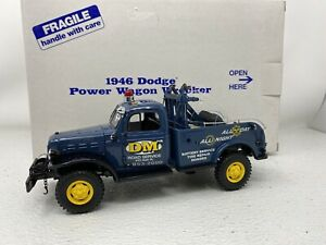 1/24 Danbury Mint 1946 Dodge Power Wagon Wrecker DM Road Service DAMAGED READ