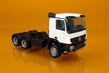 Herpa 158299-004 Mercedes-Benz Actros M 08 Allrad-ZM 3-achs -  weiß / white
