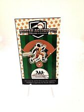 San Francisco Giants Willie Mays lapel pin-Collectible-w/acrylic display stand