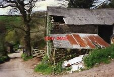 PHOTO  1996 DEVON DITTISHAM BARN AT CAPTON WHAT APPEARS TO BE A BELT DRIVE BETWE