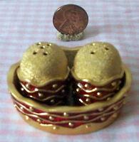 Tiny salt & pepper shaker set basket tray red & gold metal Contemporary design