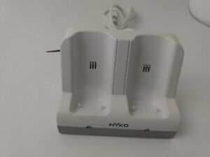 Nyko Charging Station for Nintendo Wii Remotes 87000-A50 White - Cradle Only