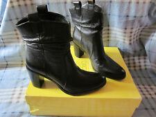 Circa Joan & David  6.5M Black Soft Leather Boots NIB Super CUTE & Great Quality
