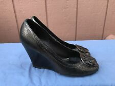 Tory Burch Peep Toe Metallic Cooper Leather Wedge Shoes Sz 7.5 Front Logo A5