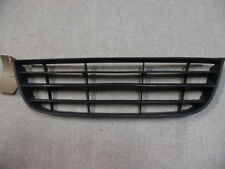 2847 C6I 2005-2009 MK6 VW POLO FRONT LOWER CENTER GRILL 6Q0853677B