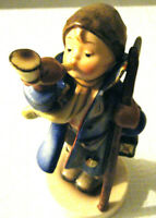 GOEBEL HUMMEL RARE #15/0 TMK-2  FULL BEE HEAR YE HEAR YE' 1940 GERMANY FIGURINE