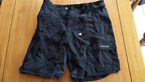 Endura Cycle Shorts M  clickfast compatible 34 waist