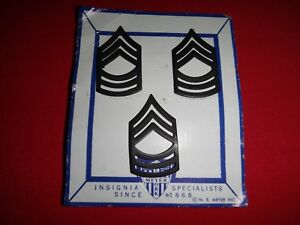 3 US Army MASTER SERGEANT Metal Subdued Collar Badges On NS MEYER INC Card