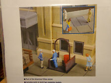 Walthers Cornerstone HO #3763 CS - Sidewalk Elevator (kit form) Builds / Open or