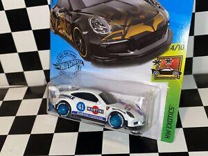 "Hot Wheels Porsche 911 GT3 RS - ""MARTINI RACING"" REAL RIDERS custom"