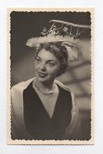 PHOTO ANCIENNE Fête de la Sainte Catherine Catherinettes Chapeau 1956 Femme