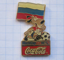 COCA-COLA / WORLD CUP USA 94 MASCOT STRIKER RUSSLAND ..... Pin (111i)