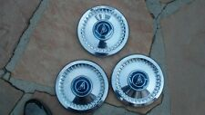 CHEVROLET CORVAIR 1960 - 1969 NOS hubcapS 826