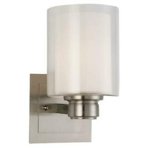 Design House Oslo 1-Light Satin Nickel Indoor Wall Mount