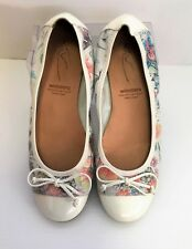 Gorgeous WONDERS  Made in Spain Women's Ballet Style Patent Leather Shoes Sz 37