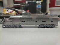 N Scale KATO E5A /'CB/&Q w//Black Nose Stripes/' DCC Ready Item #KAT1765401