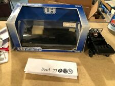 """Model T Ford Touring Scale 1:18 Universal Hobbies 8"""" Black"""