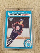 Wayne Gretzky 1979 - 80 Topps rookie card,