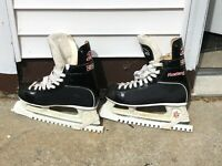 ICE HOCKEY SKATES - CCM 205 Mustang - Men's size 8 1/2