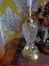 Lampada di vetro di lavoro di base con tono oro lavorazione dei metalli STUART?