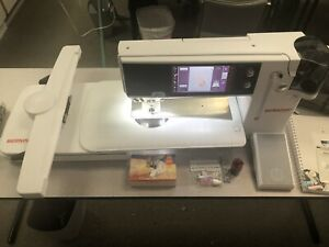 Bernina 880 With Plus Upgrade-Sewing/Quilting/Embroidery Machine + BSR - 2015