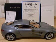 Aston Martin One-77, AUTOart Signature 1/18, blau (Villa d'Este blue), wie neu