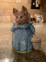 Beatrix Potter Aunt Pettitoes Beswick BP3c