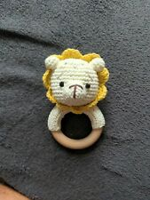 Baby Rassel, Beissring Löwe mit Glöckchen Holzspielzeug Geschenk