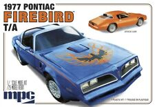 MPC 916 1977 Pontiac Firebird Trans Am plastic model kit 1/25