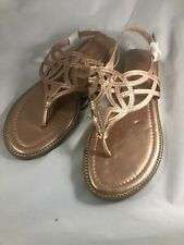 Me Too Sandals Flip Flops Gold Leather Size 7.5