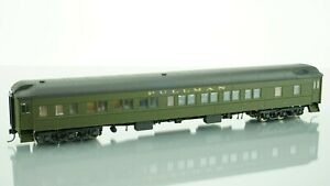 Walthers Heavyweights Pullman 8-1-2 Sleeper HO scale