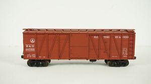 Life Like HO Scale Baltimore and Ohio B&O Outer Brace Wood Side 40' Box Car B82