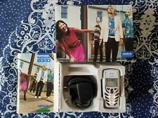 Téléphone Mobile Nokia 8310