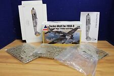 ACCURATE MINIATURES 0402 1/48 FOCKE-WULF FW-190A-8 MODEL KIT  534300