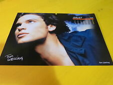 TOM WELLING - Mini poster couleurs !!! Au verso : BRAD PITT !!!