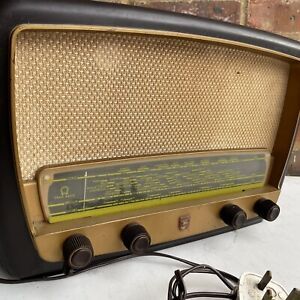 Philips Radio Model 341A Bakelite LW MW SW Gram Radio | Excellent Con *UNTESTED*