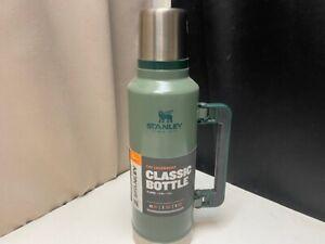 Stanley Double XL Classic Vacuum Bottle 2QT/1.9L