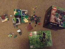 LEGO Minecraft 21102 Micro World set