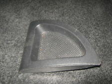 Land Rover Freelander 1 rubber dash mat / NEXT TO CUP HOLDER POD