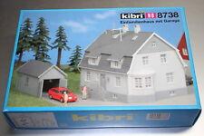 KIBRI 8738 maison familiale avec garage piste h0 OVP
