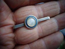 Ancienne Epinglette Pince à Cravatte Revers de Veste  en Métal argenté