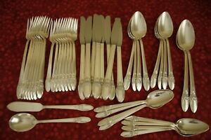 FIRST LOVE 1847 Rogers Bros. silverplate 44pc FLATWARE SET for 8
