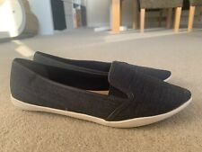 CLARKS WIDE FIT CANVAS PUMPS SIZE UK 6 IN GREAT CONDITION