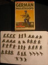 Soldatini Toy Soldiers Airfix German Paratroops WW II scala H0 Ref 9 01753