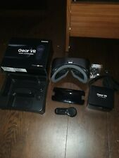 Samsung SM-R325 Gear VR with Controller Headset - Black