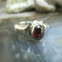 attraktiver  vintage ring silber 925 mit granat 18 mm